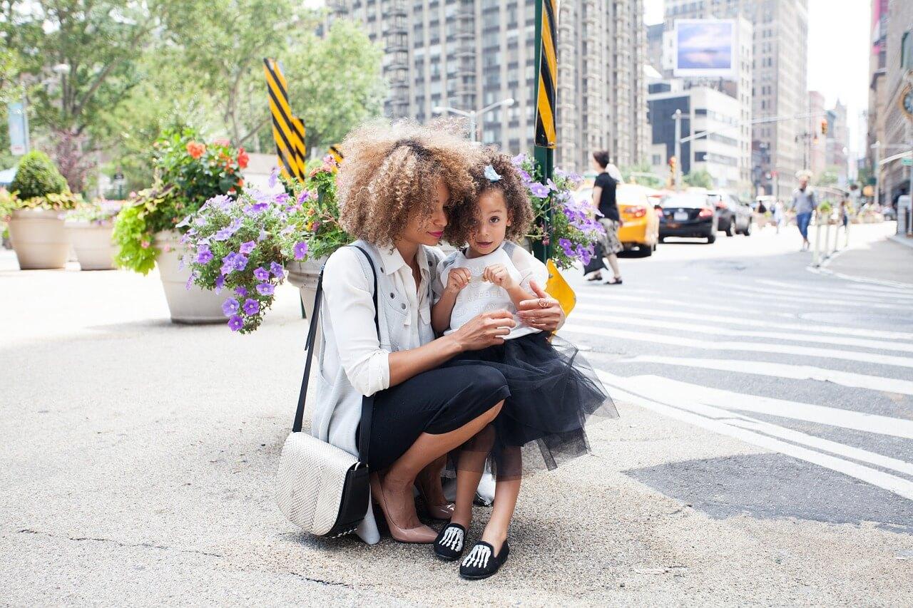 אם חד הורית – מהן הזכויות שמגיעות לך?