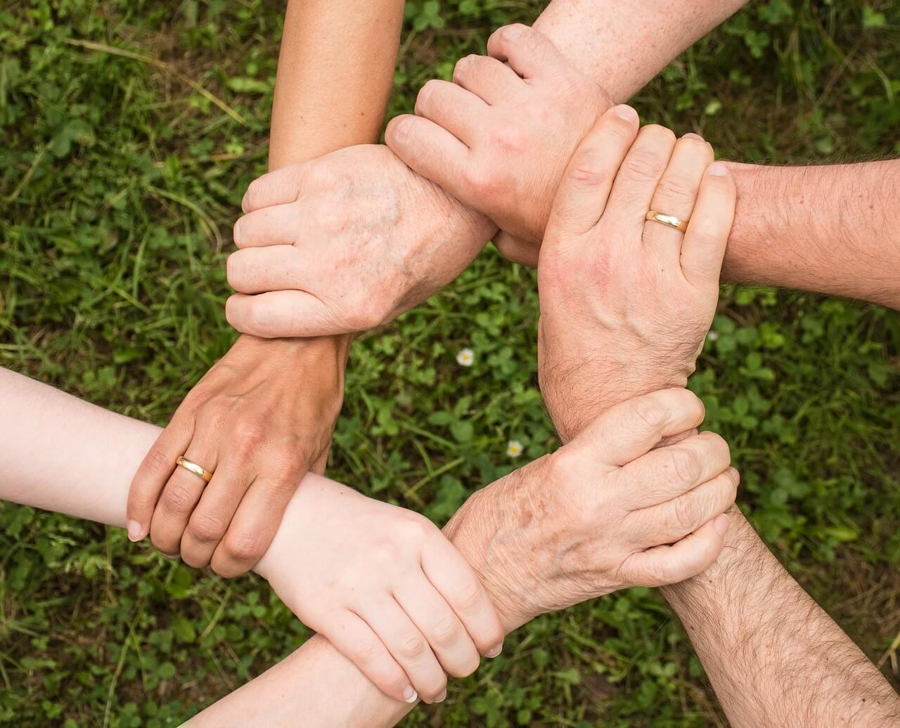 באילו מקרים עסק משפחתי יכול להזדקק לשירות של עורך דיני עבודה?